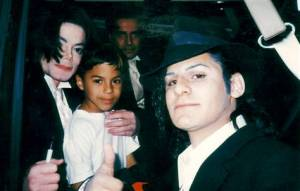 Jawad és Ahmad Elatab Michael Jacksonnal