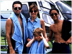 Evan, Nathalie, Jordan kisöccse és Jordan nem sokkal az 1993-as vádak után