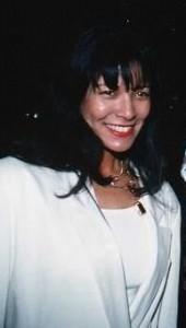 June Chandler, az anya